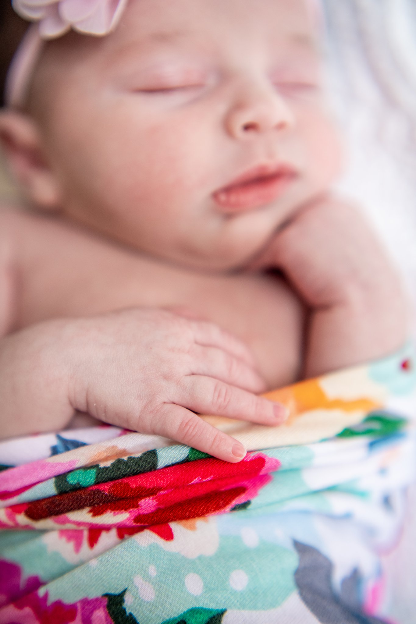 detroit lifestyle newborn photography-12.jpg