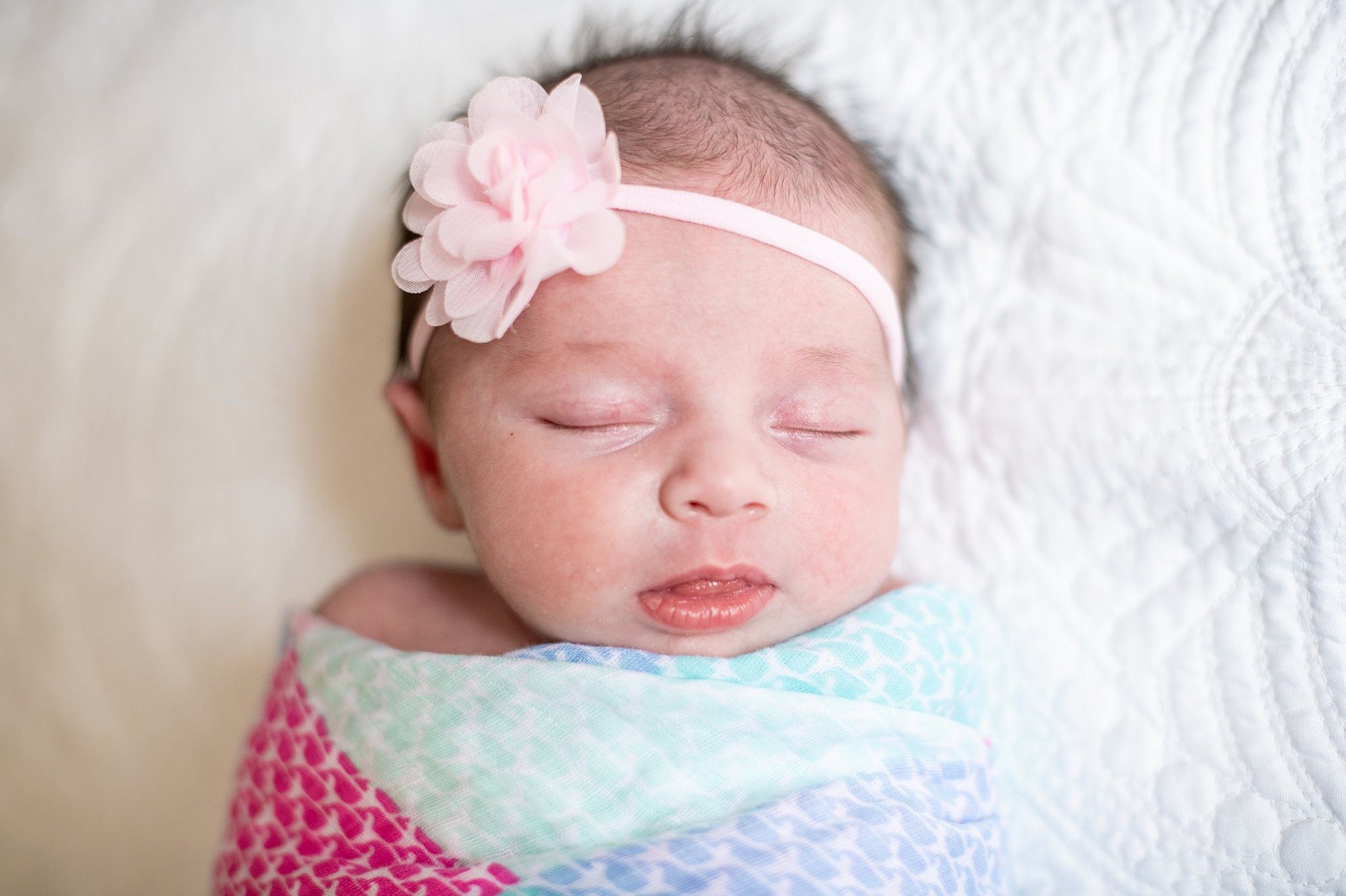 detroit lifestyle newborn photography-15.jpg