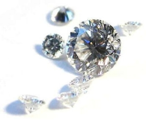 brilliant_diamonds-_wikicommons.jpg