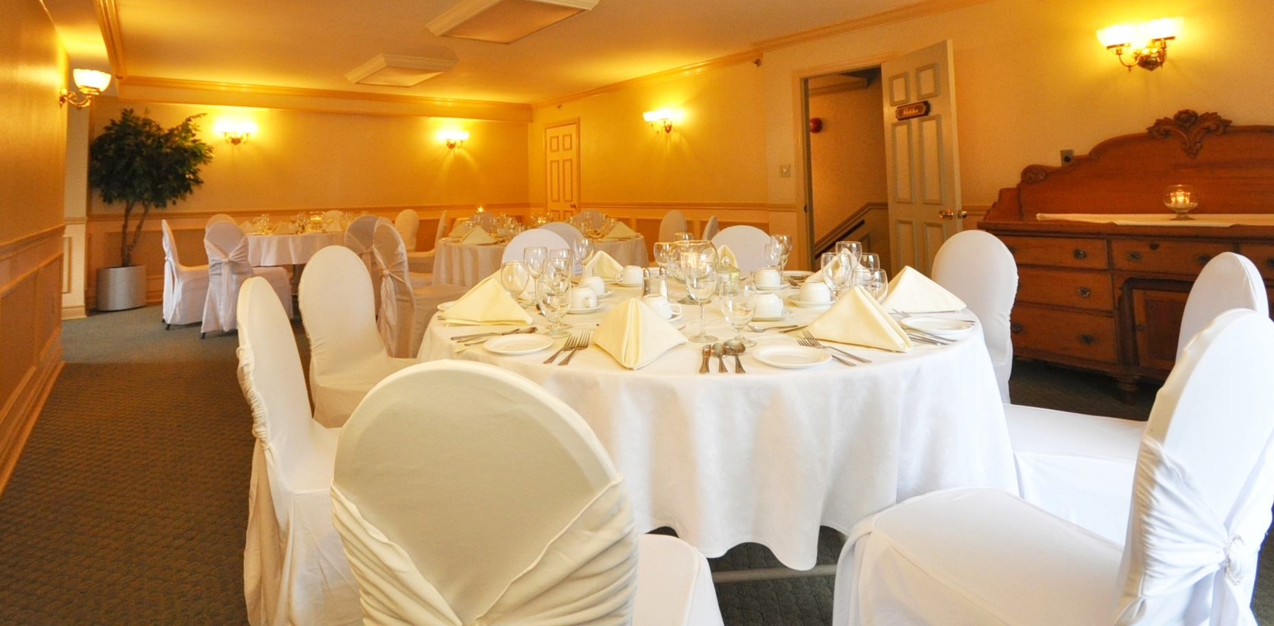 Fletcher seats 20 to 30 guests
