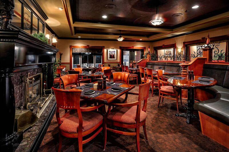 Encore Dining Room 2016