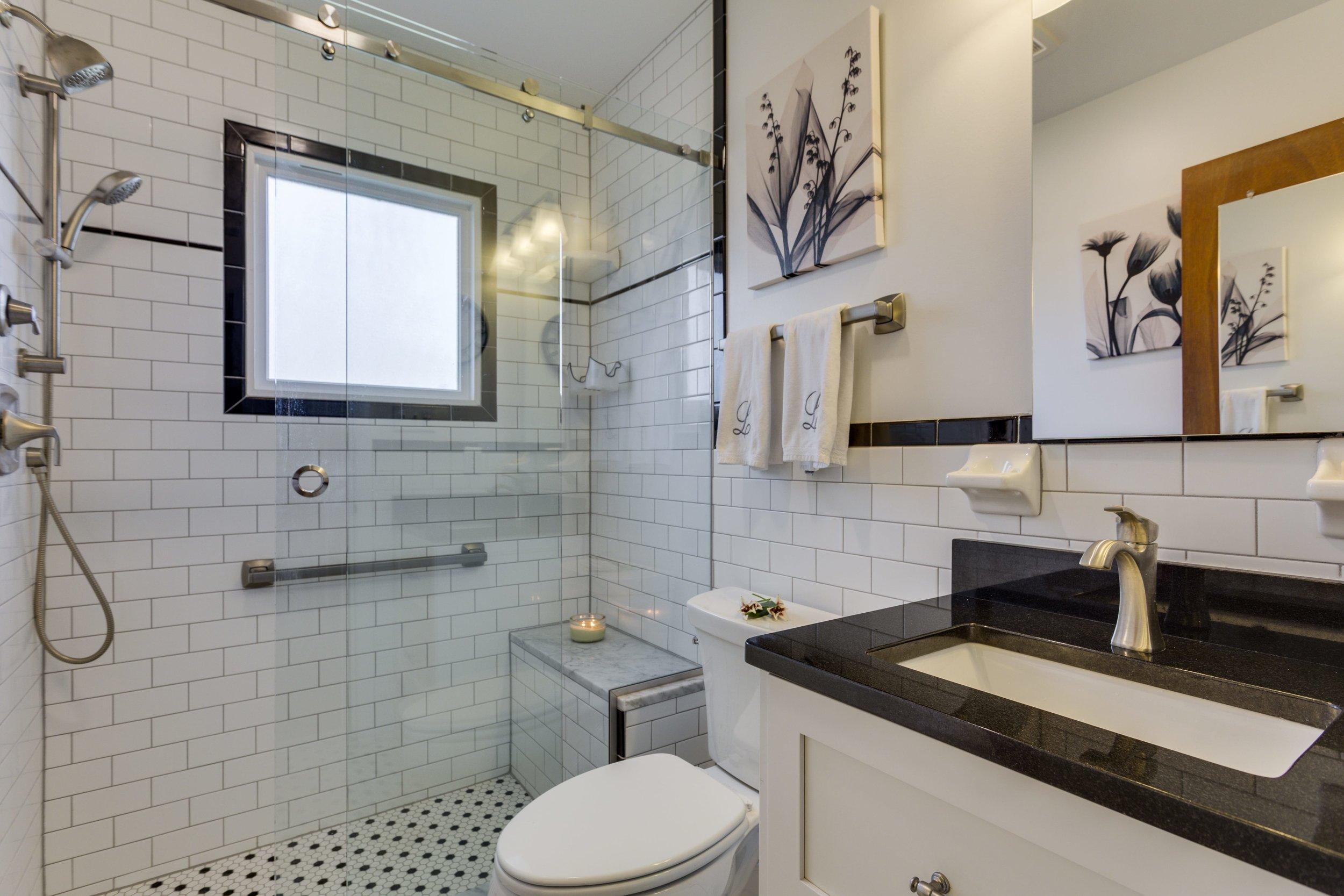 larsen bath2.jpg