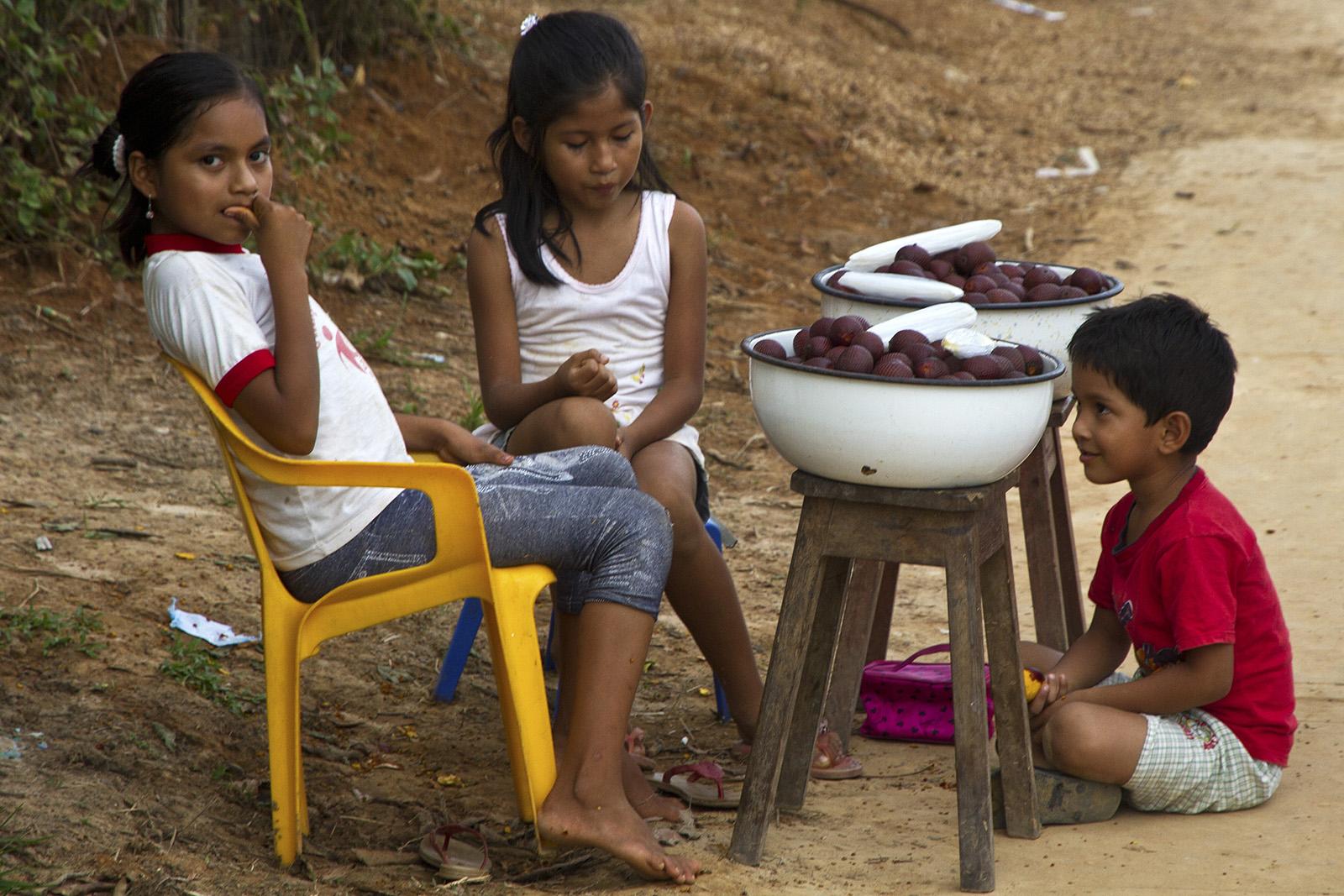 Lagunas Kids.jpg