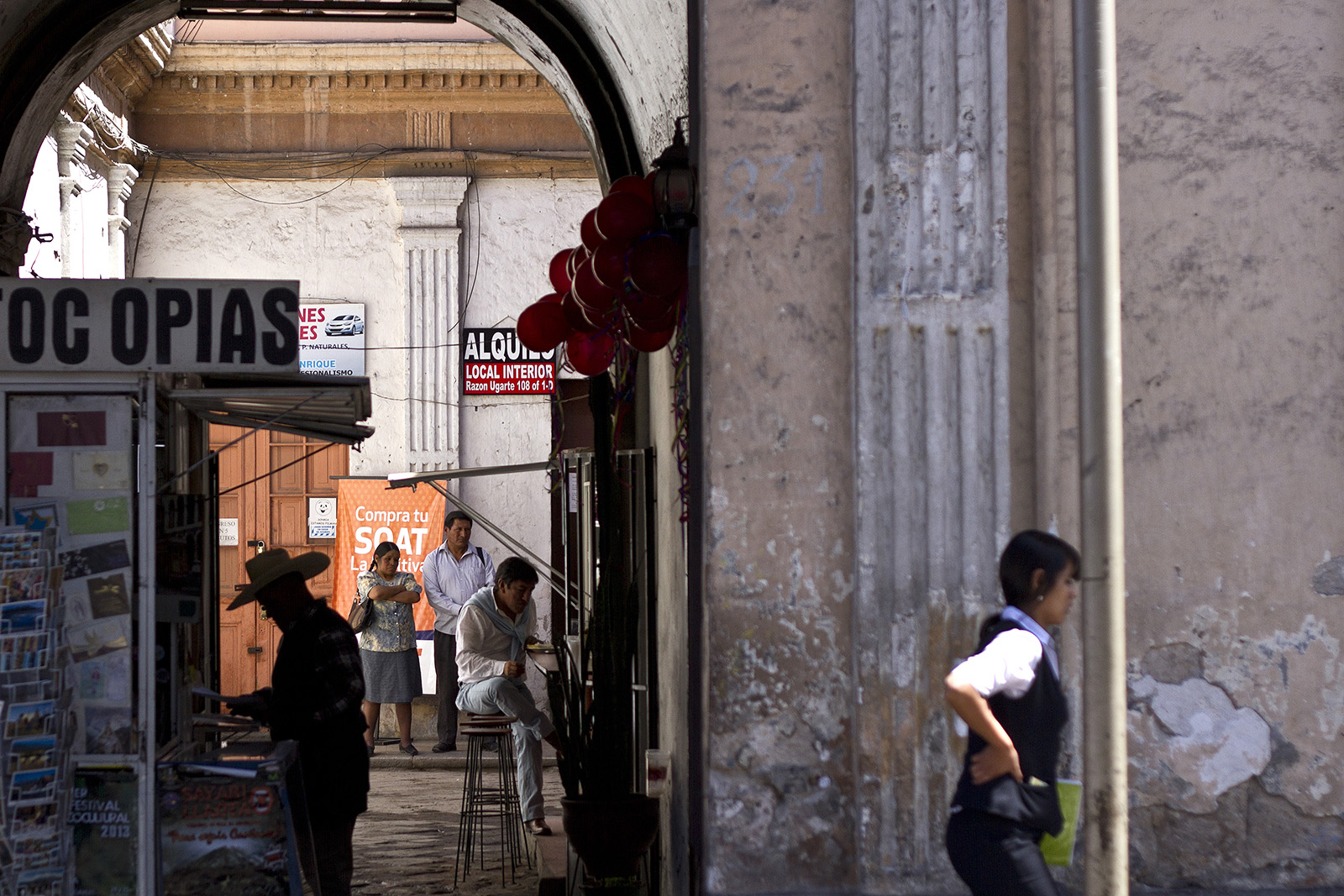 Arequipa Man Eating.jpg