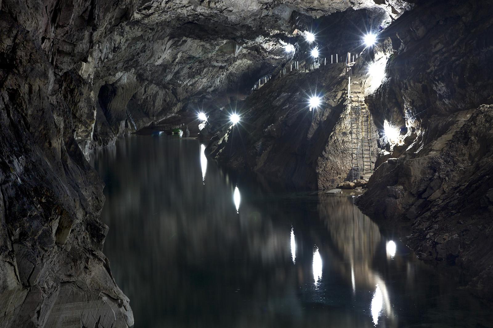 Sorata Caves.jpg