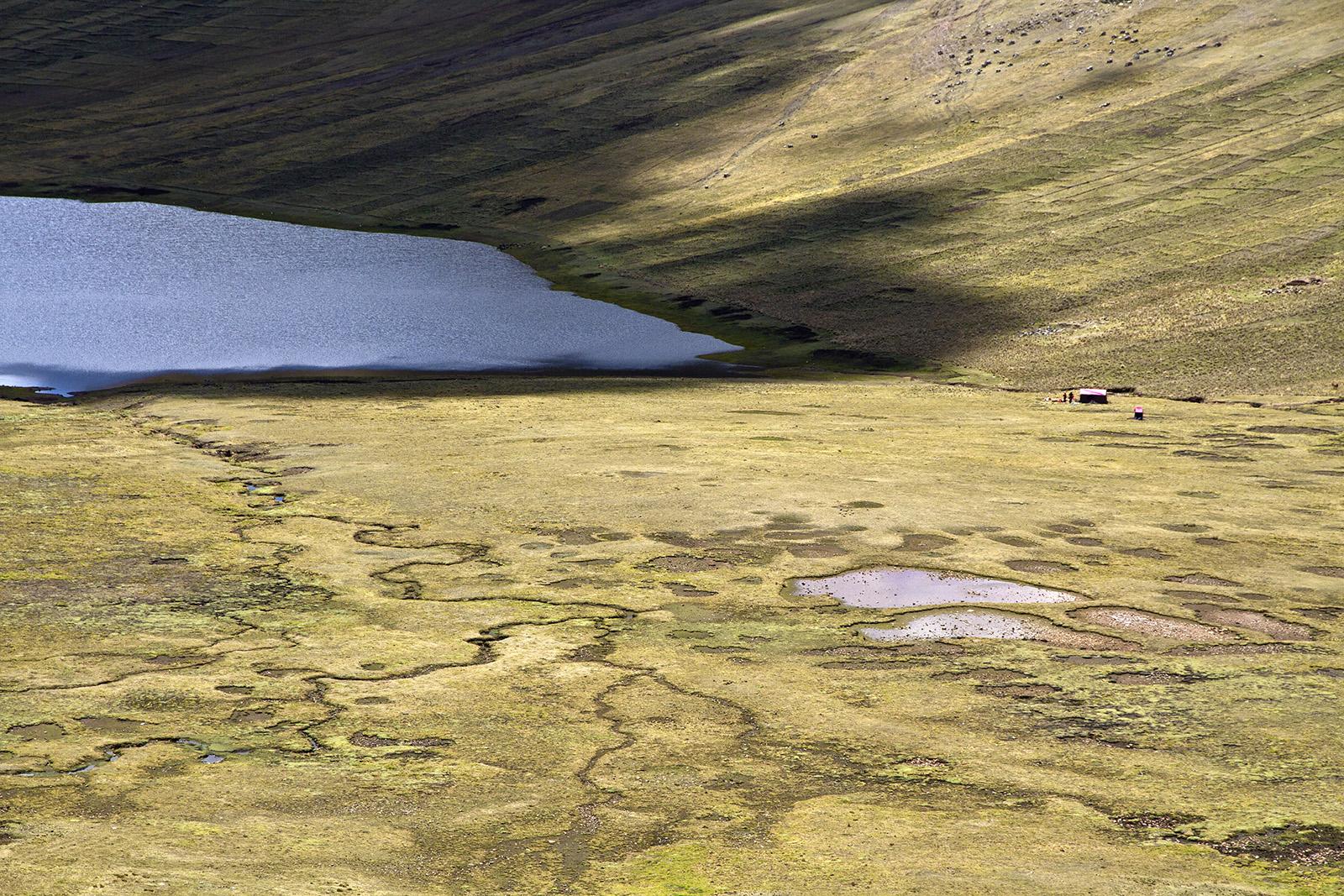 Cuzco Altiplano Lake.jpg