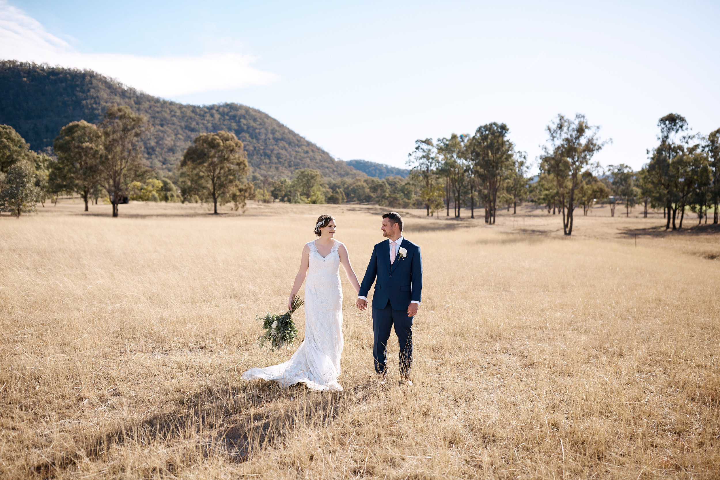 Bride & Groom at Adams Peak Hunter Valley