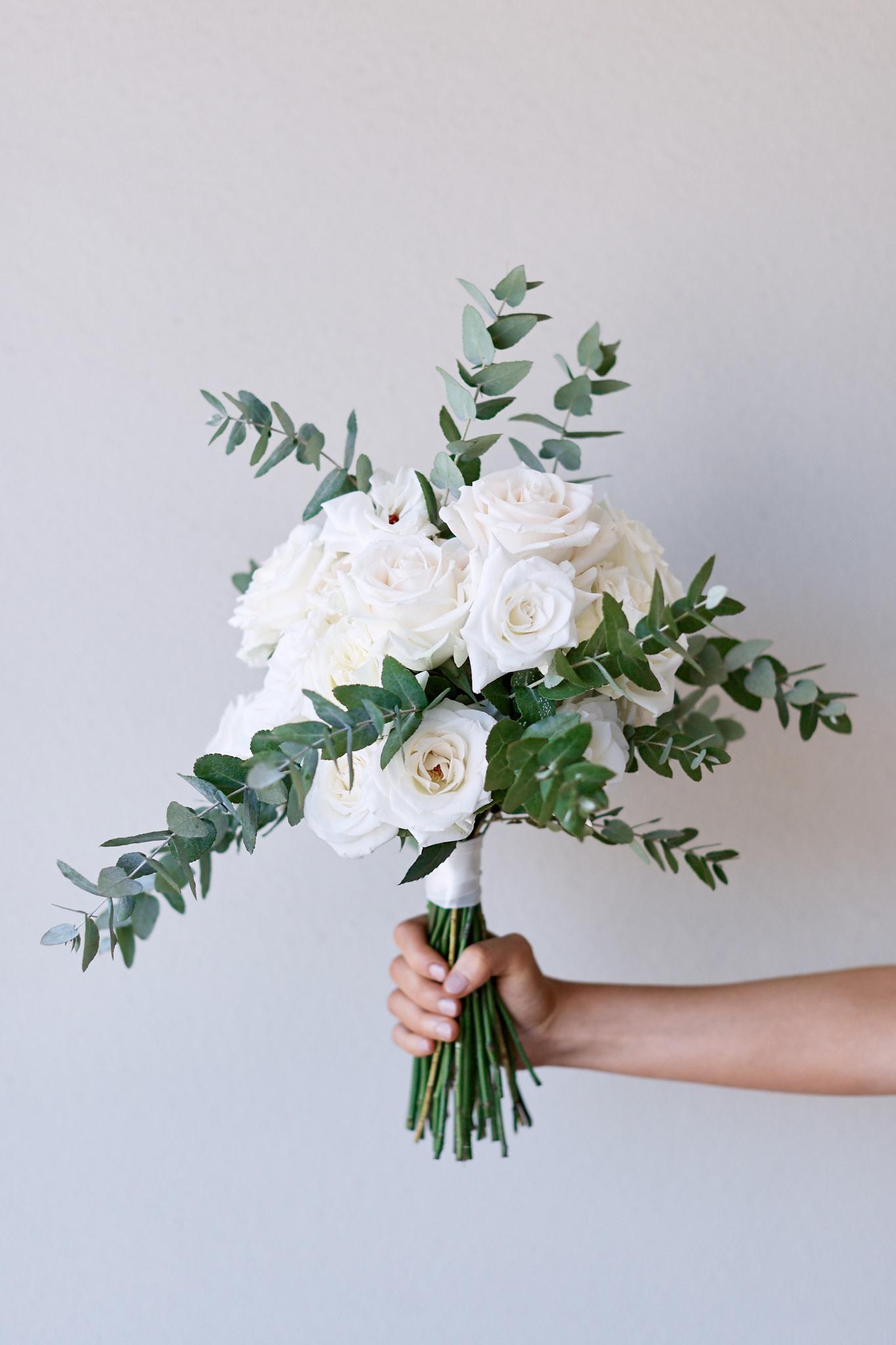 hand holding bouquet.jpg