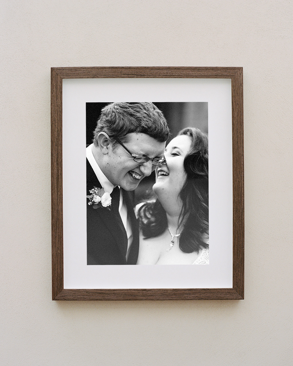 Framed portrait of couple at their Hills Lodge wedding