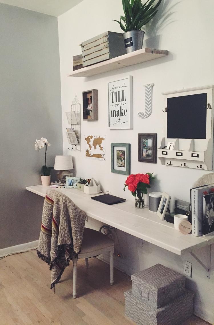 Desk in New York City by The Blonde Vagabond.JPG