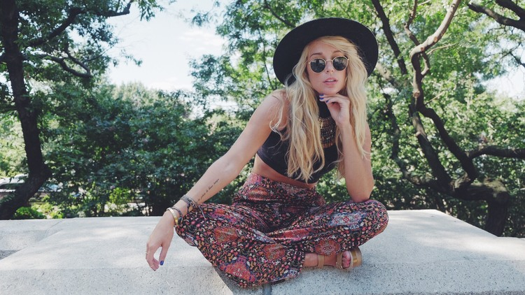 Boho Seventies Outfit by The Blonde Vagabond:Jordyn Kraemer.JPG