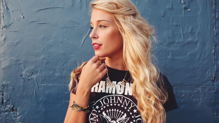 Graphic Tee on The Blonde Vagabond:Jordyn Kraemer.jpeg