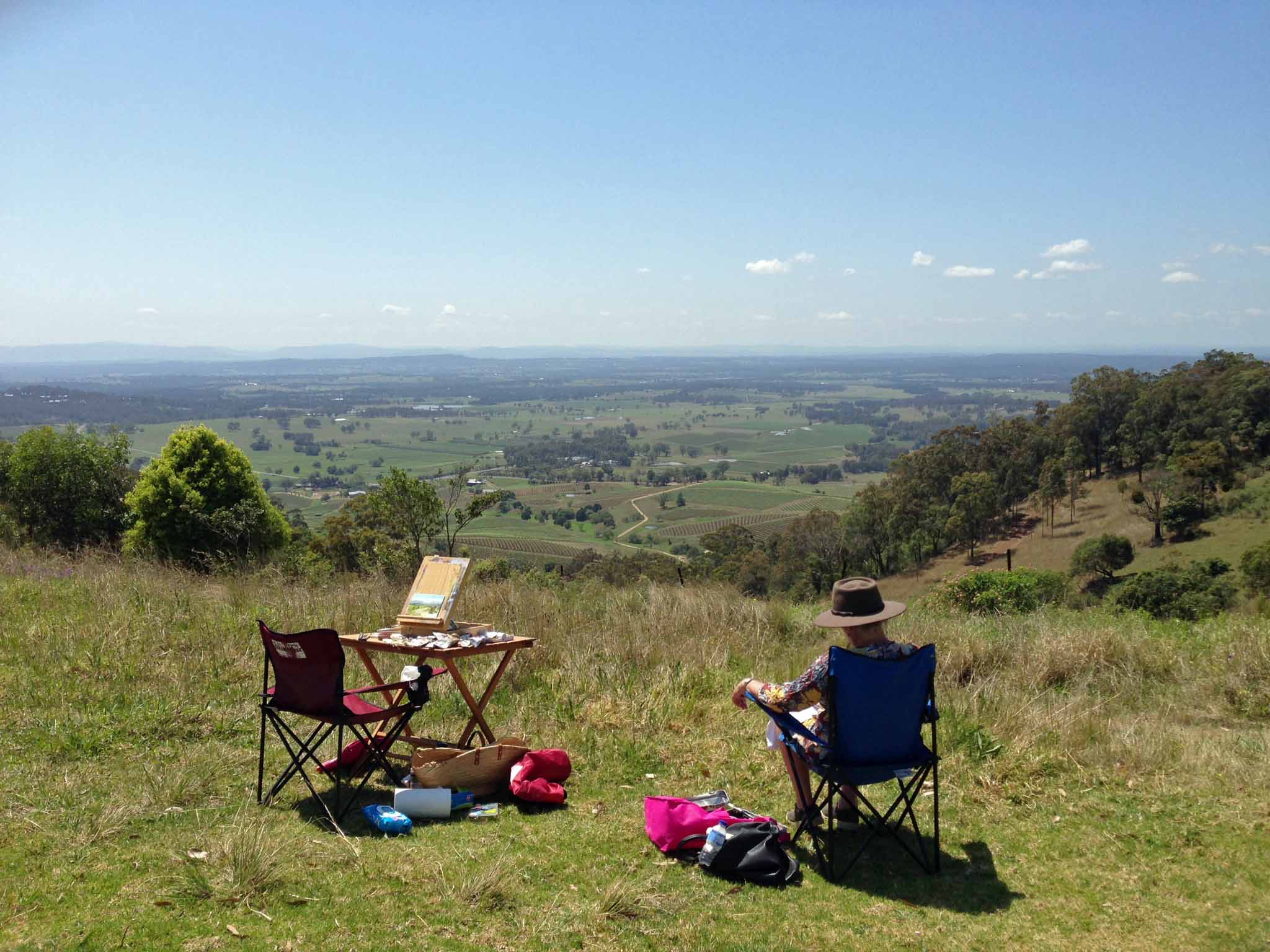 With my painting buddy Jacquie. View looking down to Ivanhoe, Lindeman, Tinkler and Drayton vineyards from Mount View.