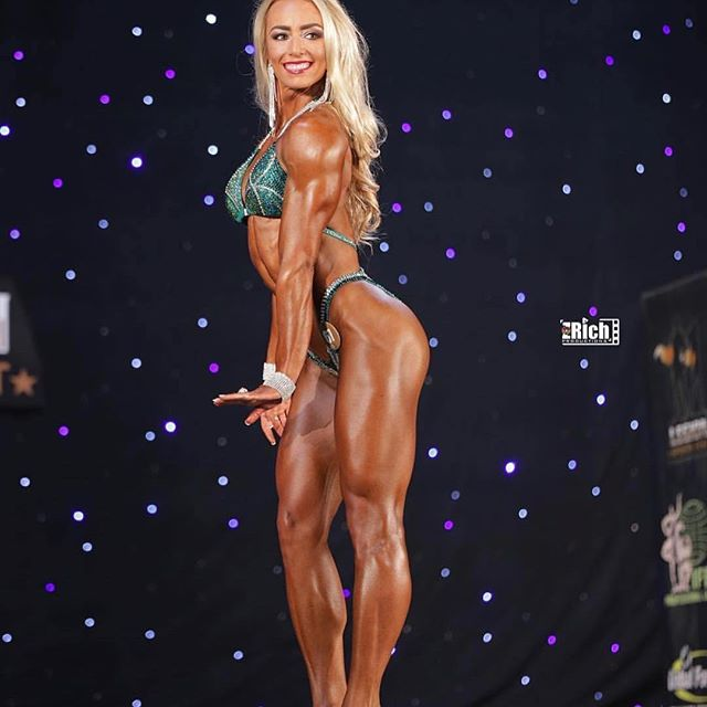 Quick S/0 to our athlete @kristineduba who competed at the @legionsportsfest this pass weekend!🔥💪. . . . . #fitfam #motivation #bodybuilding #inspiration #abs #macros #muscles #freshleprep #flex #staykempt #igfitness #instafit #fitspo #veins  #hardwork #cardio #progress #healthyeating #physique #focus #ifbbpro #ifbbprofitness