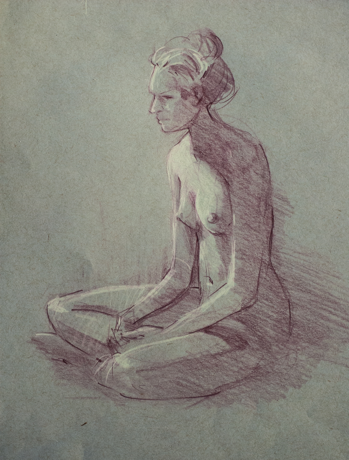20-minute figure study. Col-erase pencil and white charcoal on toned gray paper.