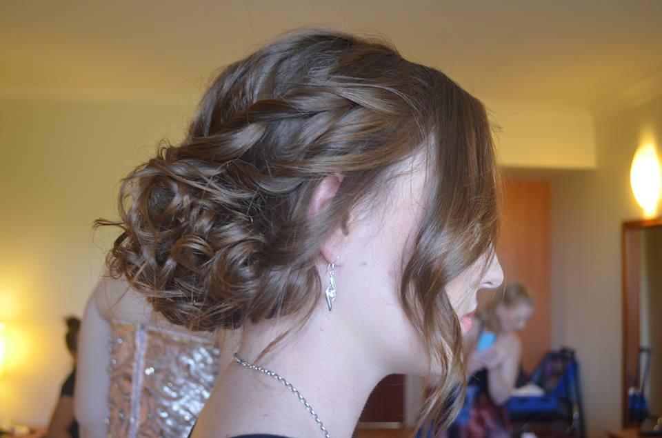 Hair: Bella
