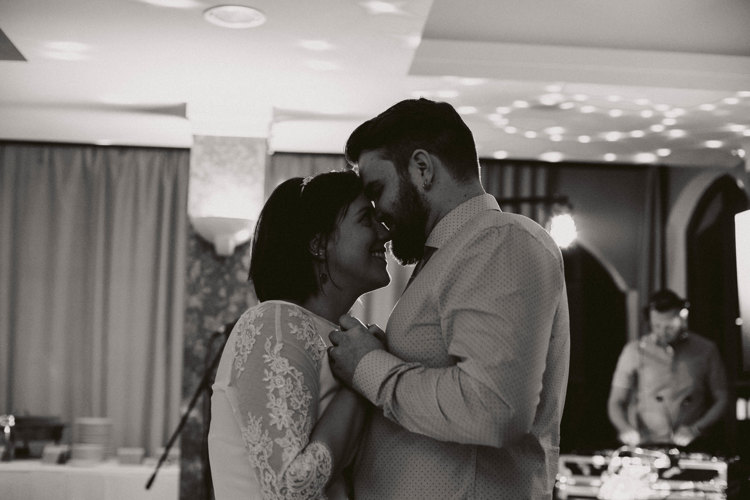 20170422_Szilvia+Pentti_wedding_w_508__MG_0612.jpg
