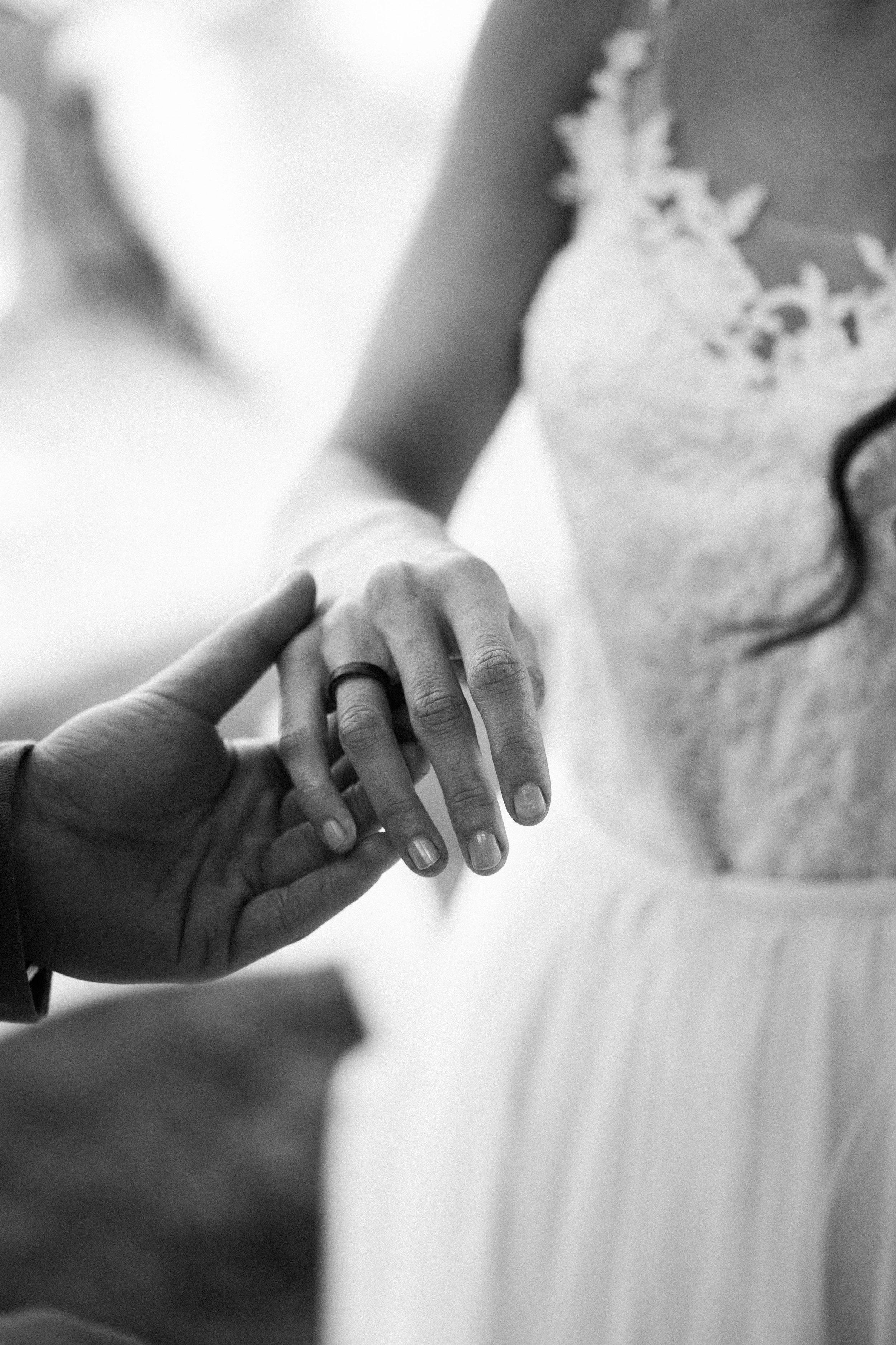 20170609_Eszti+Adi_wedding_w_246__MG_4656.jpg