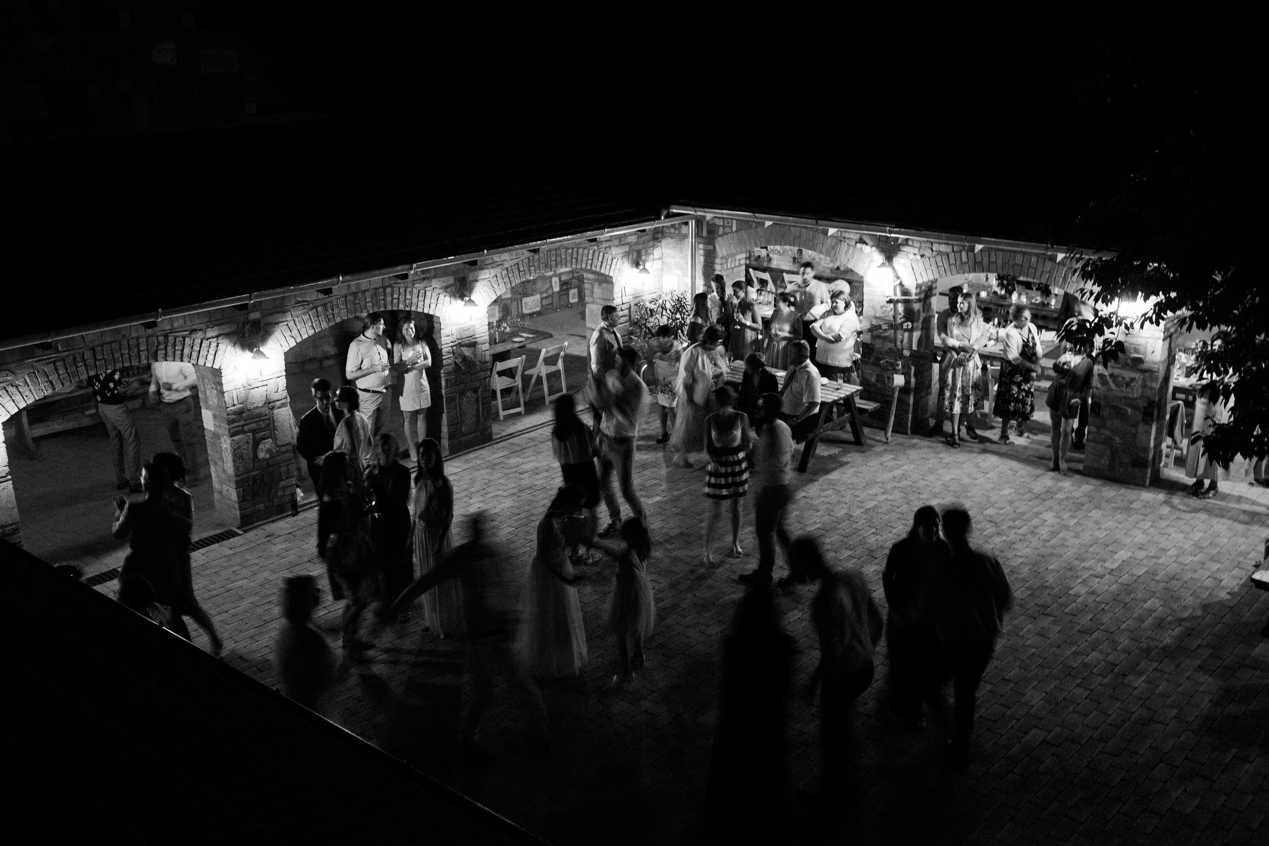 20170609_Eszti+Adi_wedding_w_618__MG_5405.jpg