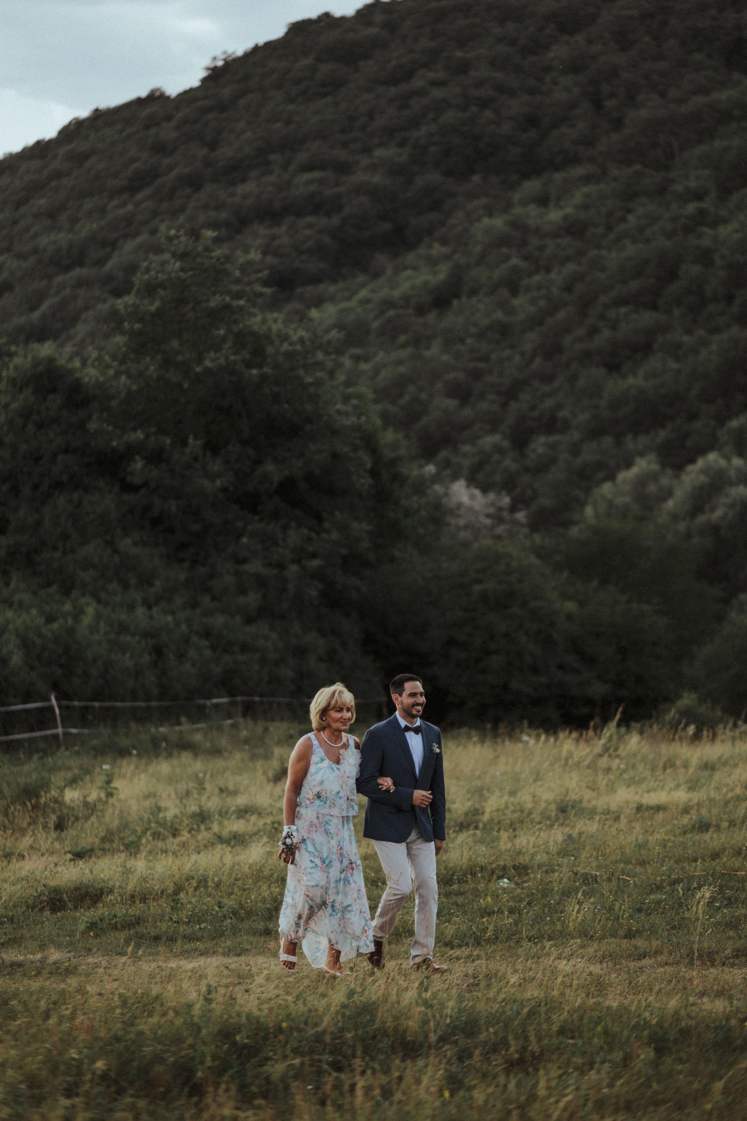 20170701_Lilla+Tomi_wedding_w_370__MG_1803.jpg