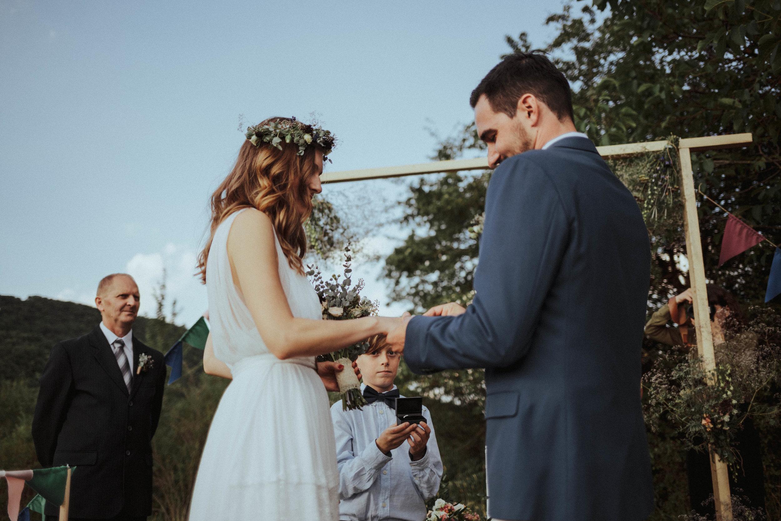 20170701_Lilla+Tomi_wedding_w_418__MG_3582.jpg