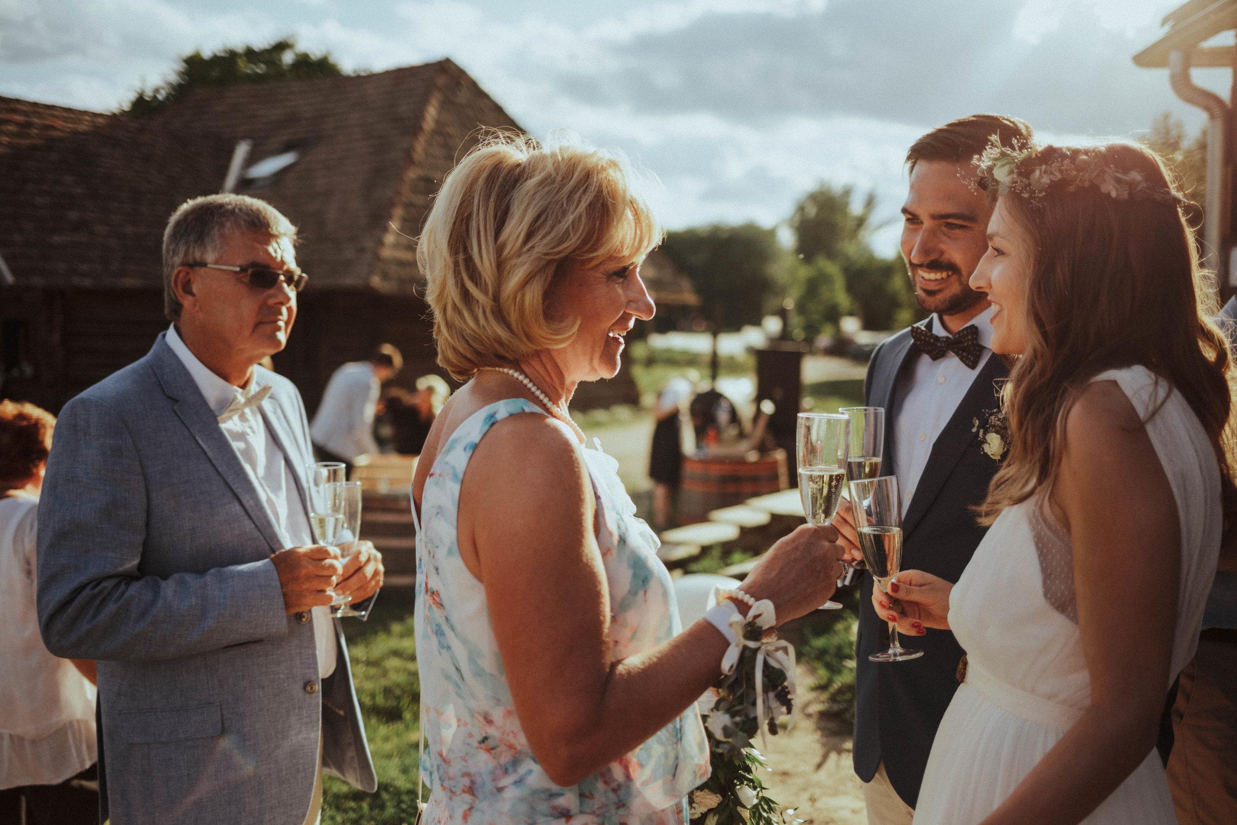 20170701_Lilla+Tomi_wedding_w_622__MG_4087.jpg