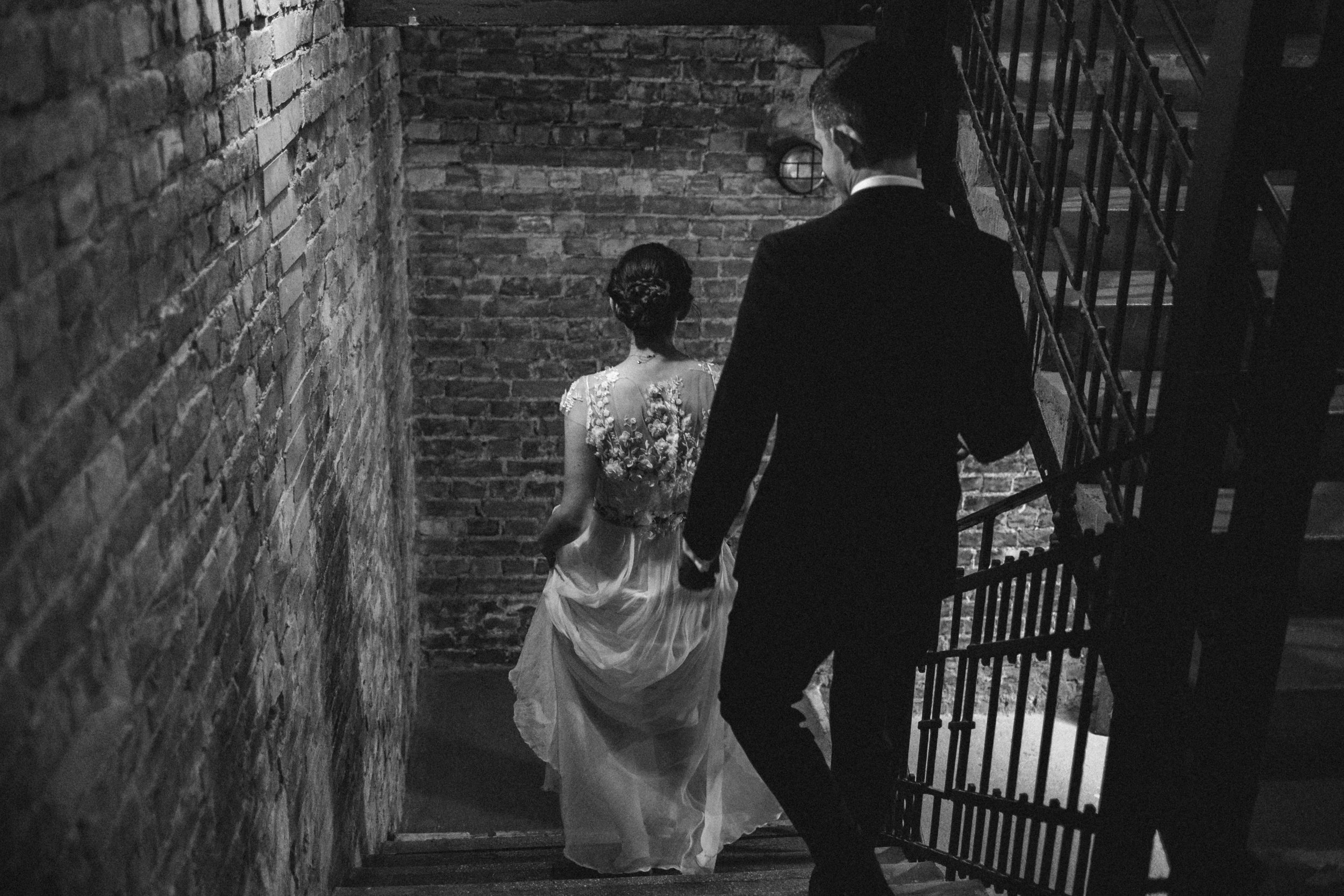 1826-Moni+Szabi-wedding-327-w.jpg