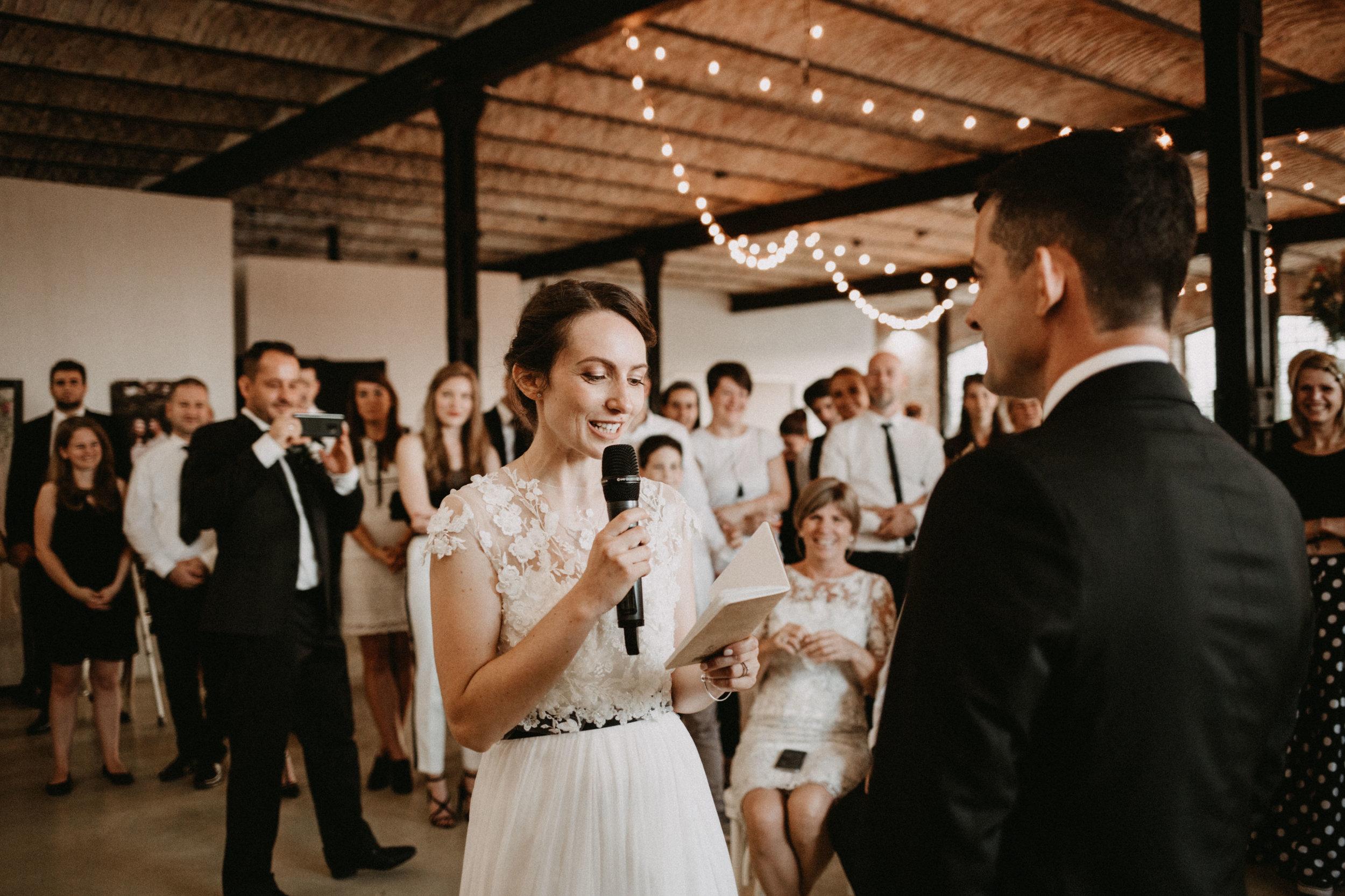 1826-Moni+Szabi-wedding-400-w.jpg