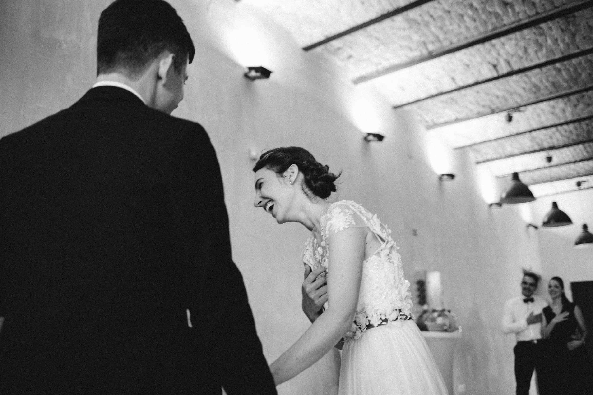 1826-Moni+Szabi-wedding-428-w.jpg