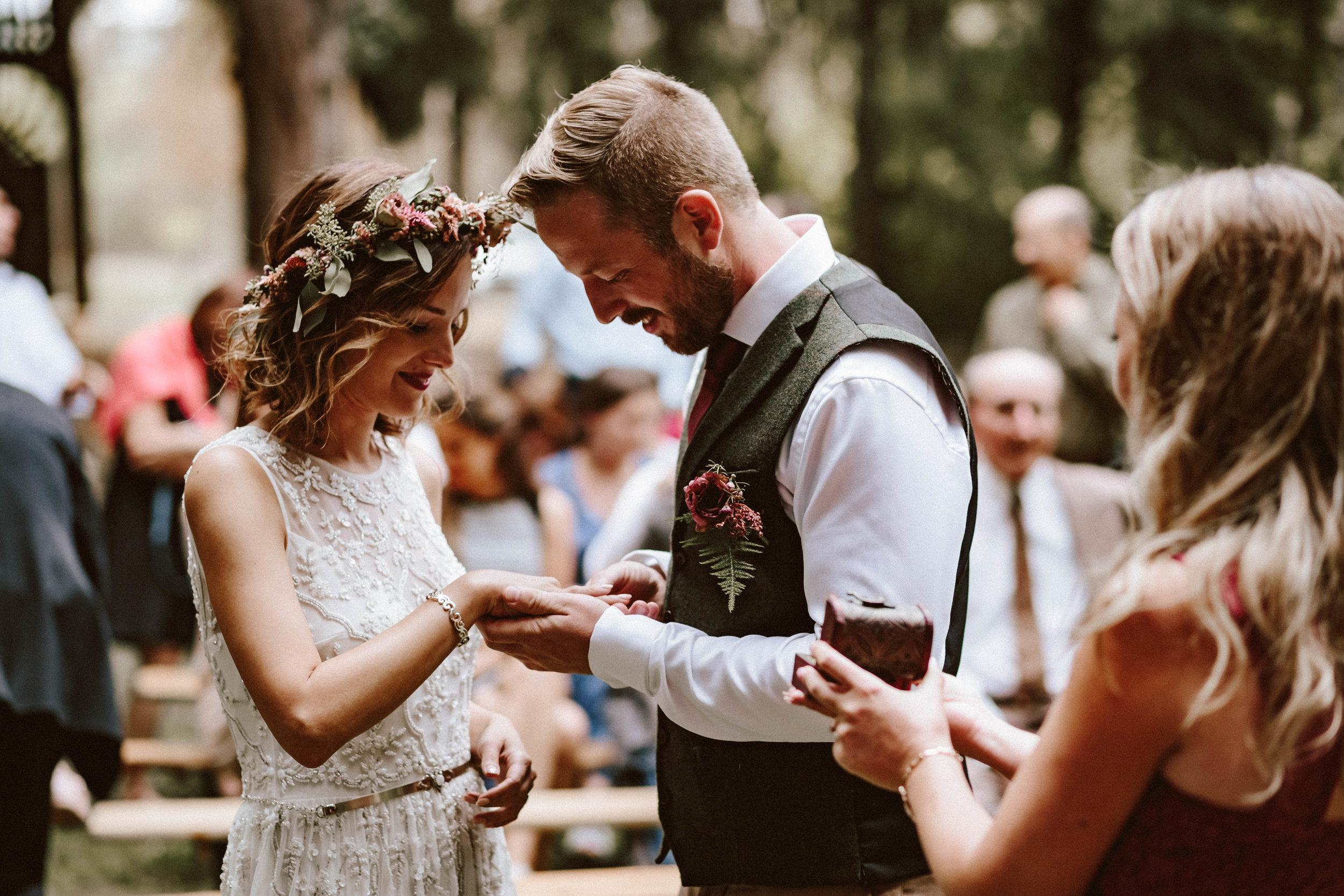 1824-Brigi+Adam-wedding-333-w.jpg
