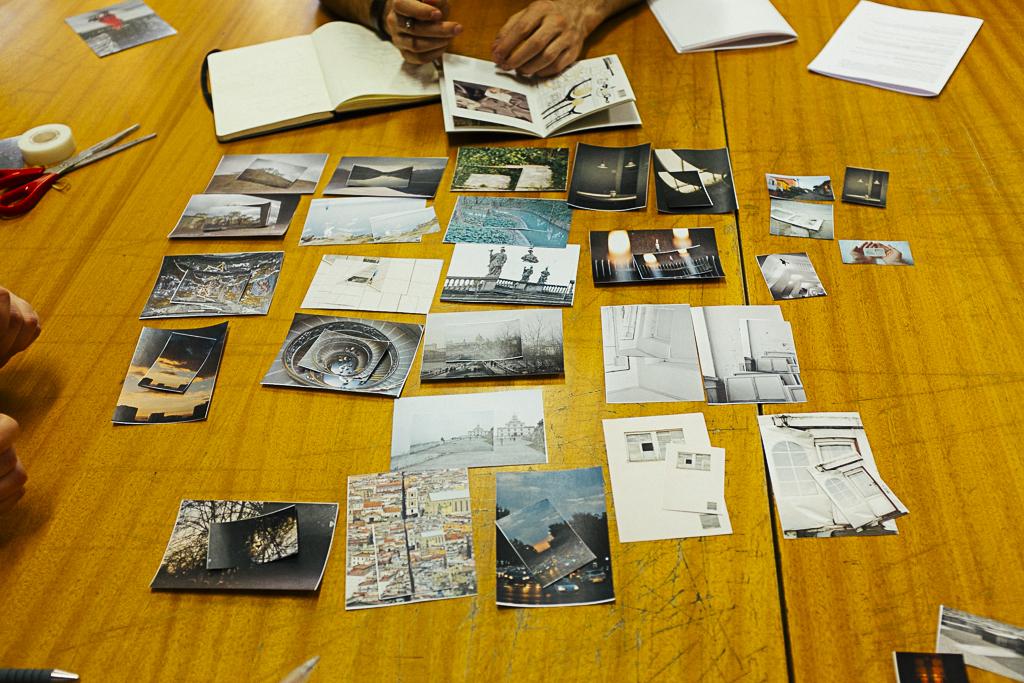 Taller Las ciudades invisibles de Caravanbook en la Biblioteca de la Facultad de Bellas Artes de la UCM.
