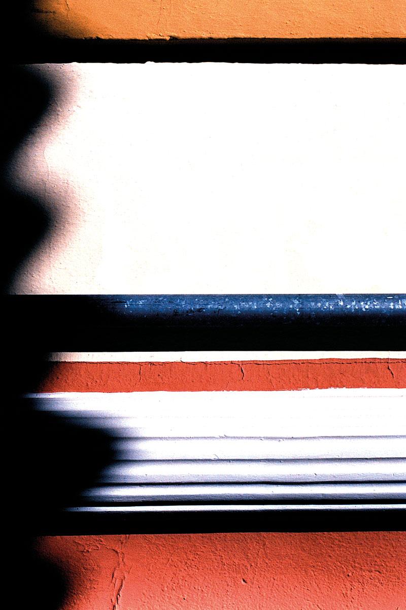 Photograph from the book  Blanco Roto  © Cristóbal Benavente