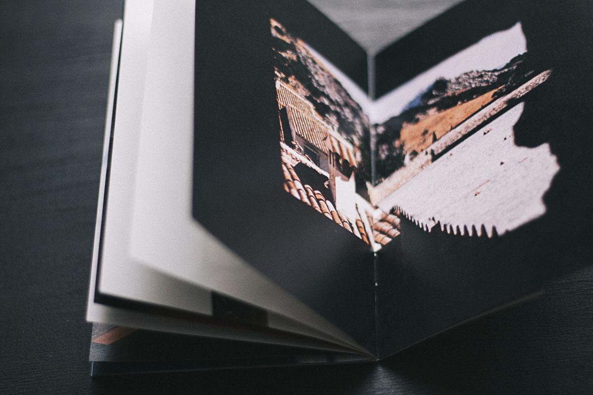 Photobook  Blanco Roto  by Cristóbal Benavente