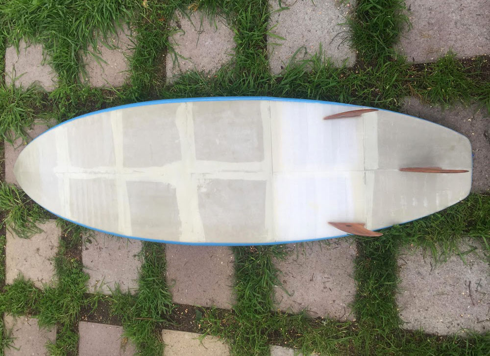 Nate Petre's first prototype for his 3d printed algae surfboard.