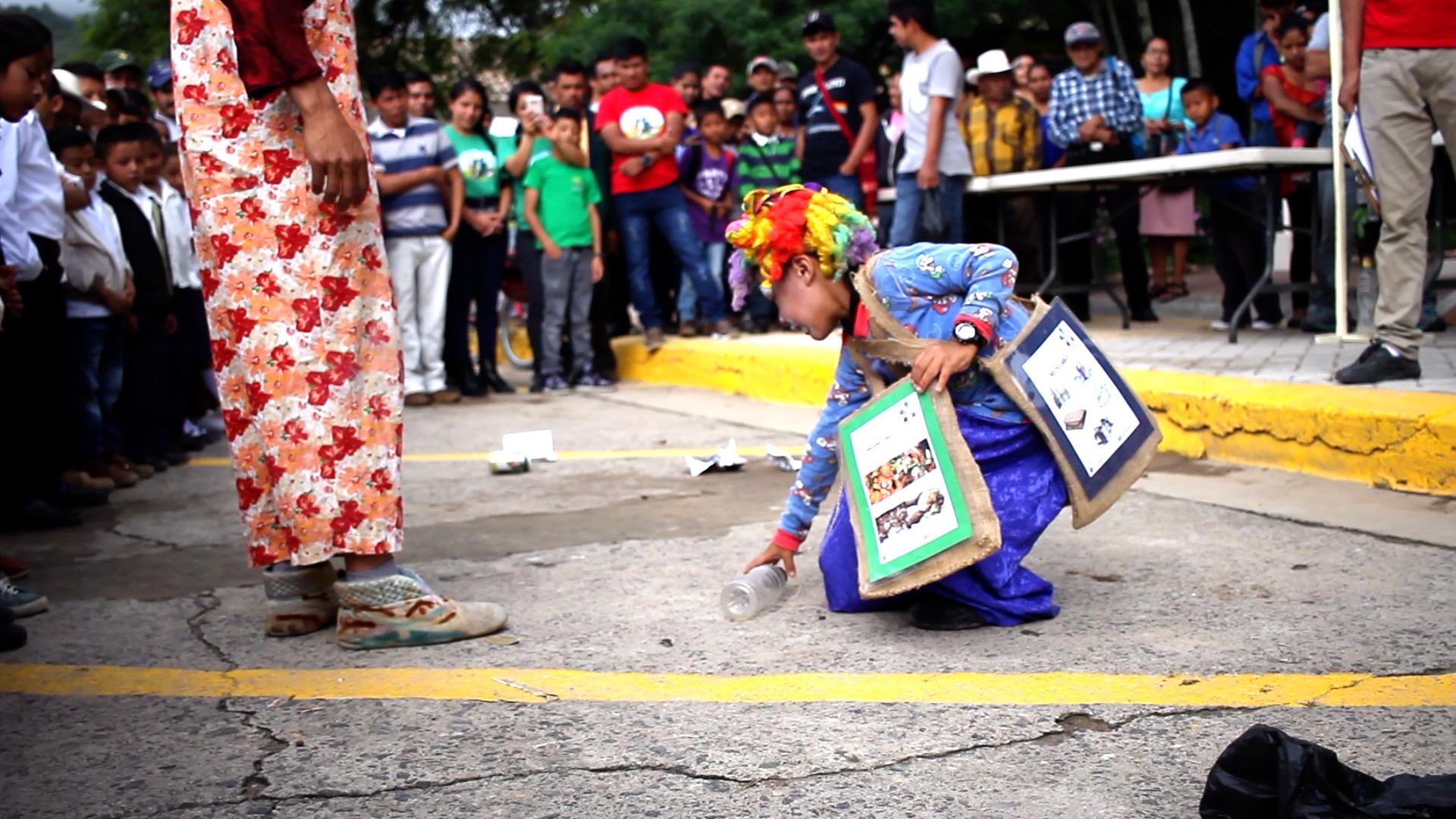 Clean Up Marcala Day ReFashionReFood Ela Roth 4.jpg