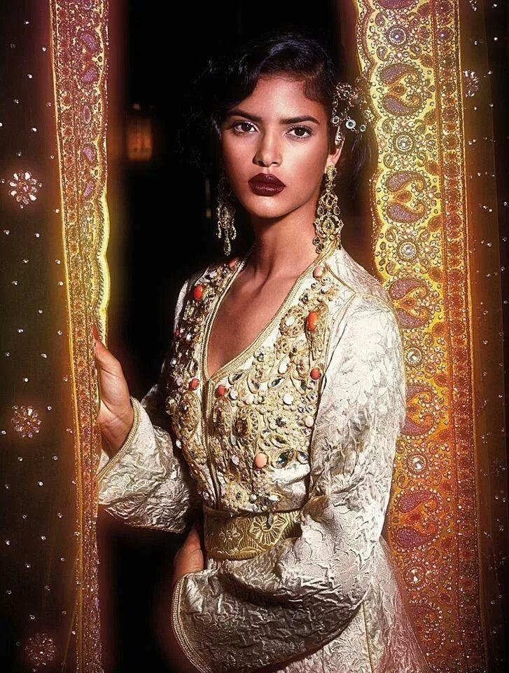 L'Officiel Maroc   highlights the intricate embroidery on traditional Moroccan caftans and takchitas- image via    Pinterest