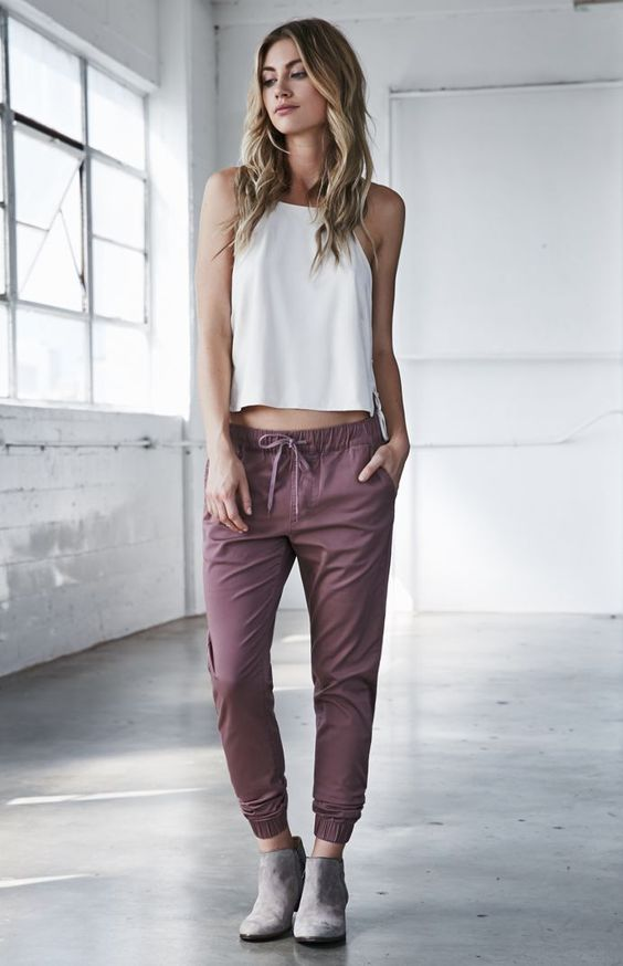 Joggers are super comfy and stylish (image via  Pinterest )