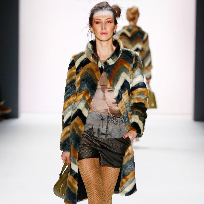 fashion weeks 3.jpg