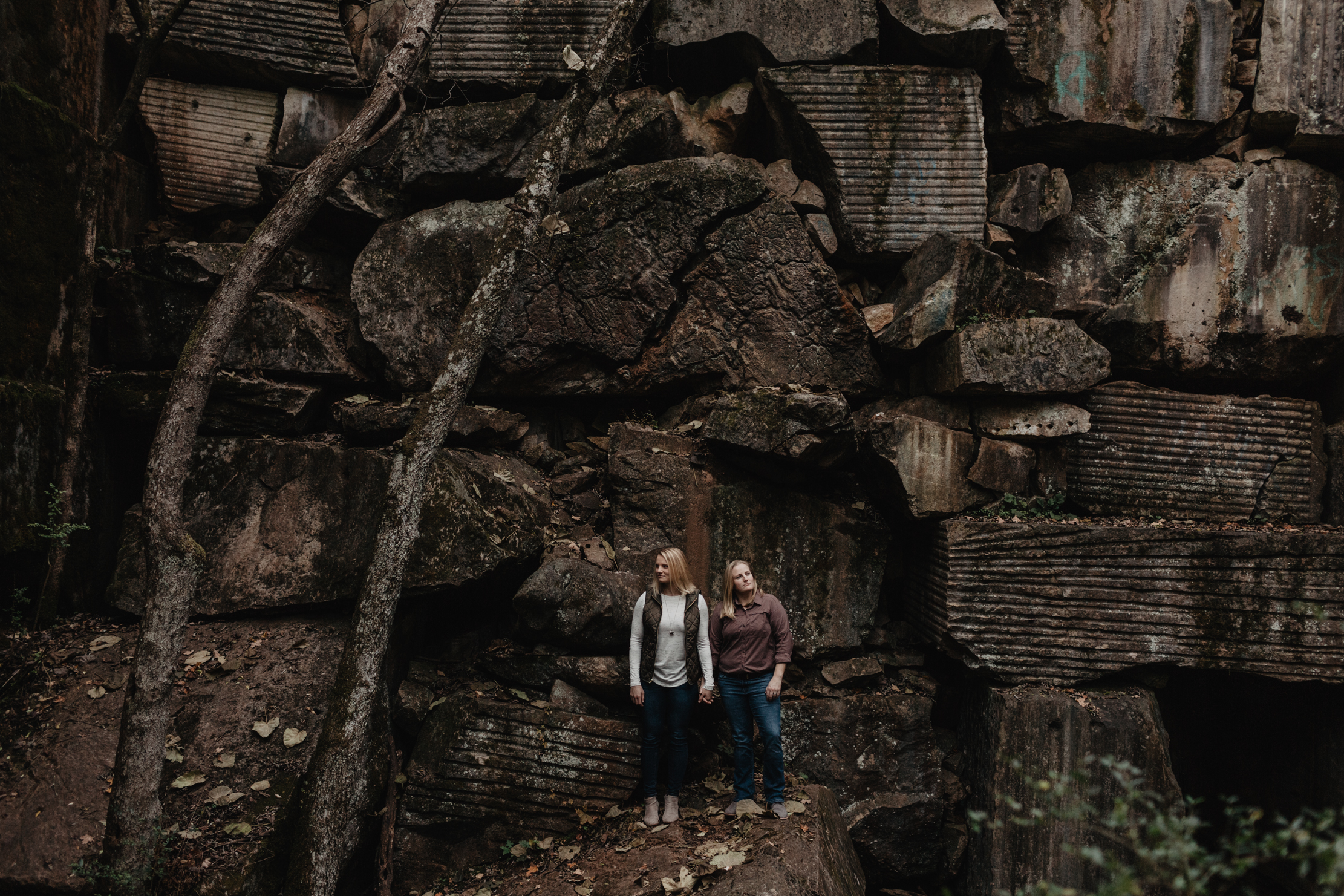 Engagement at Keyhole in Ijams | Knoxville Wedding Photographer