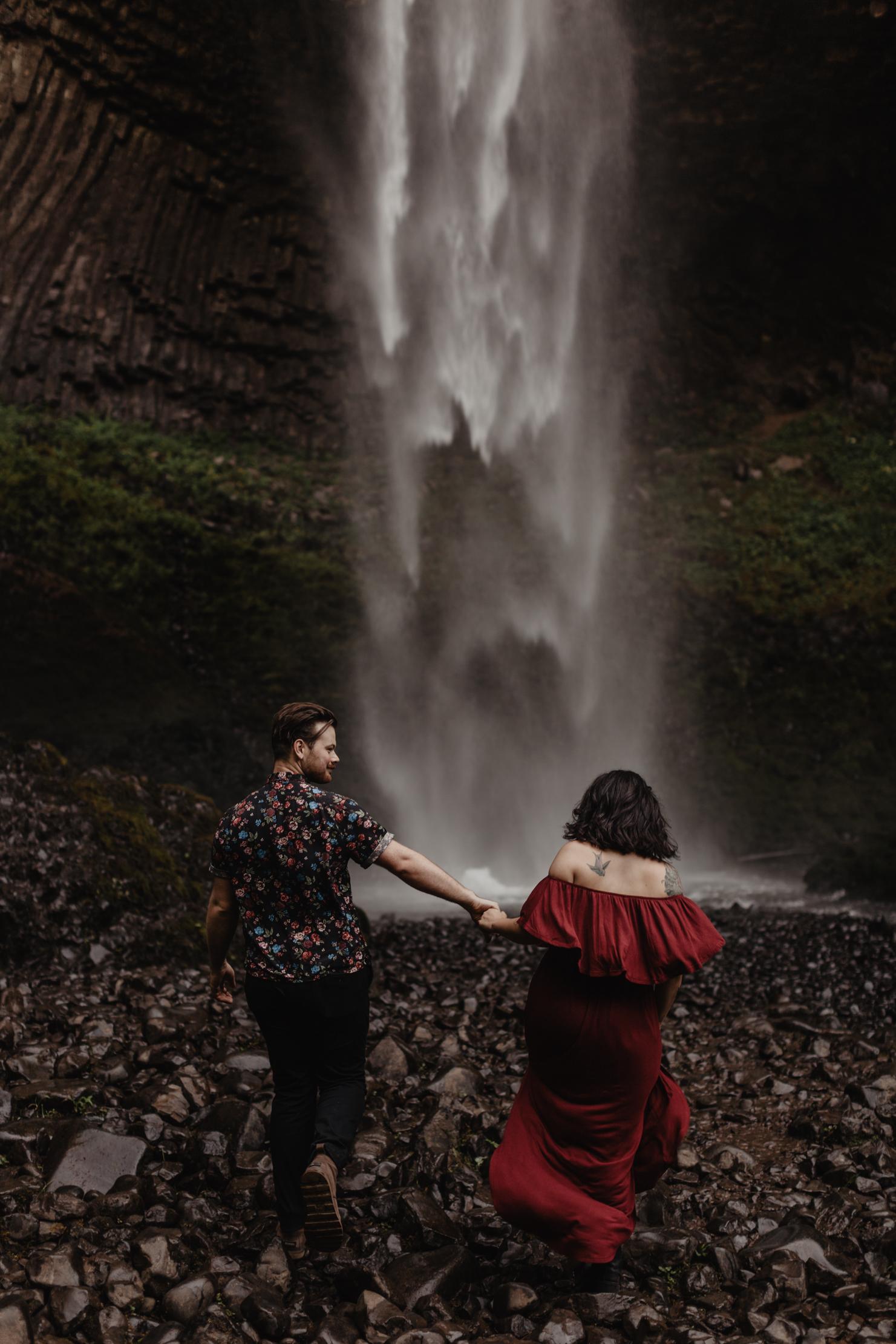 Latourell Falls   Oregon Elopement   Adventure Wedding Photograp