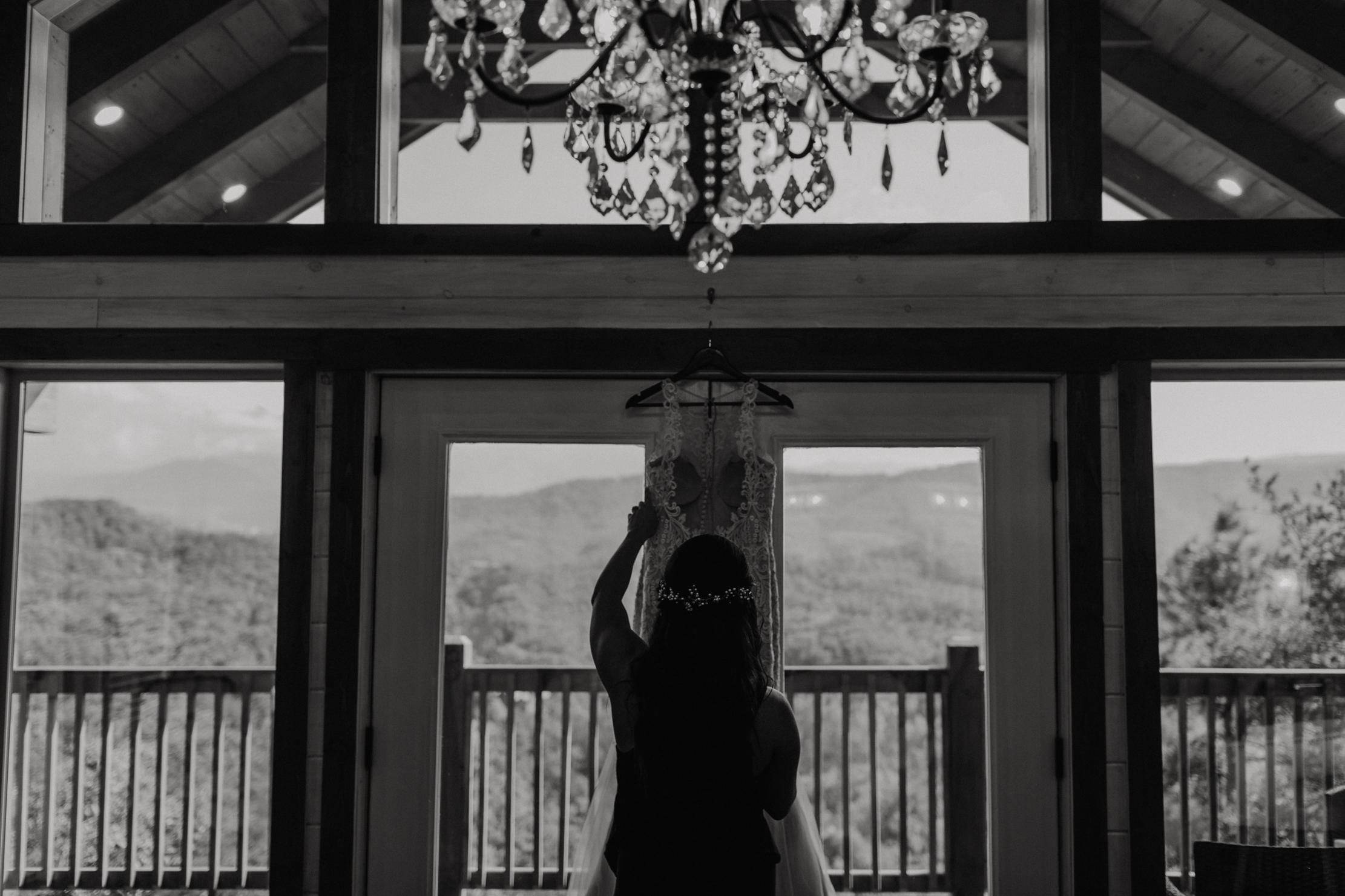 Destination Wedding in the Smoky Mountains | Magnolia + Ember