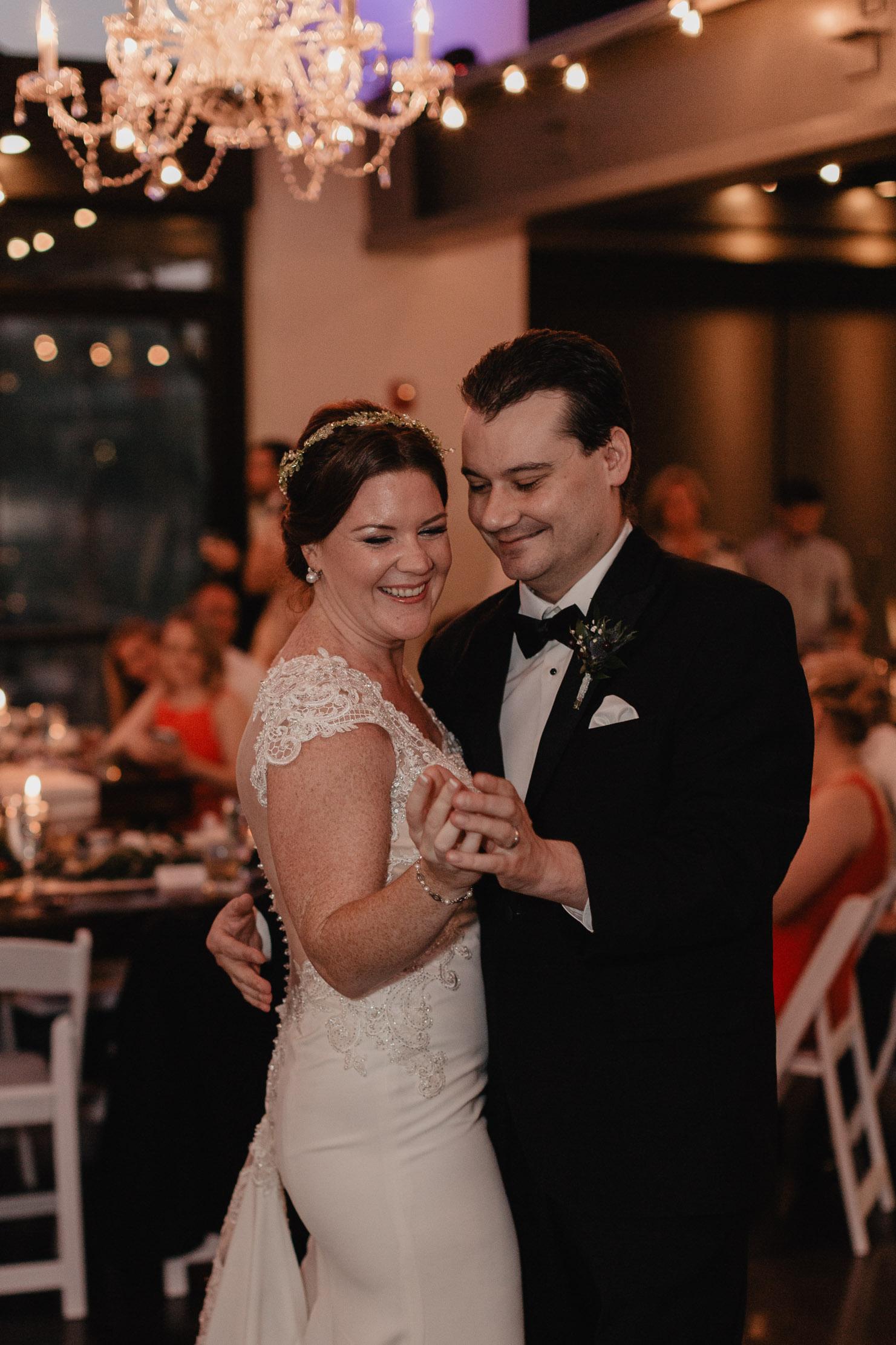 The Bridge Building | Nashville Wedding Photographer