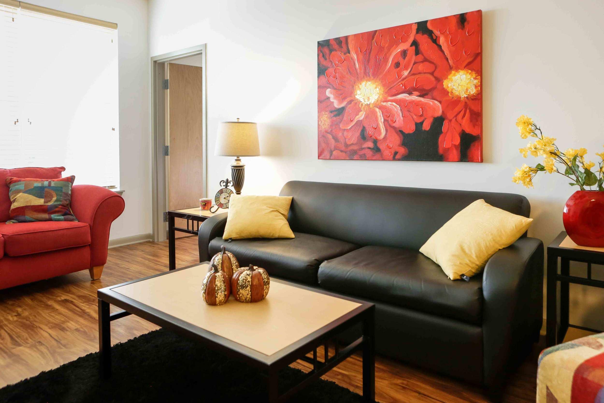 Tattnall-Square-Living-Room4.jpg