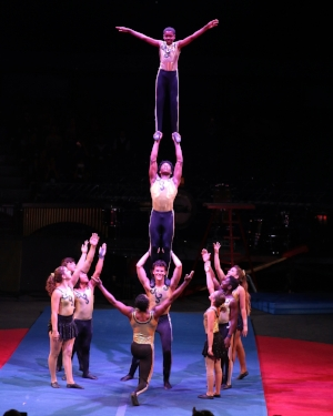 Circus Harmony's St. Louis Arches Credit James Cole.JPG