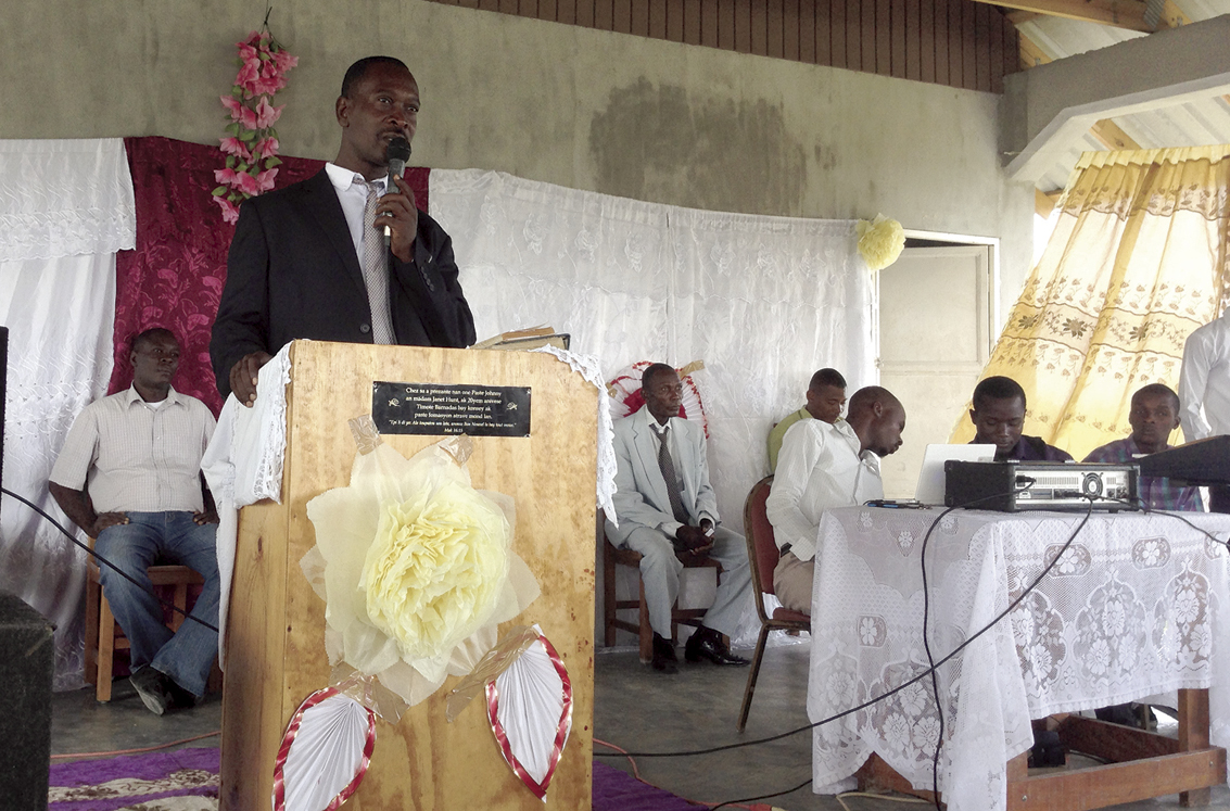 A former student of New Missions, Pastor Fednel Oscar of our Concrab church in Haiti, led the baptism festival welcoming 11 of our churches