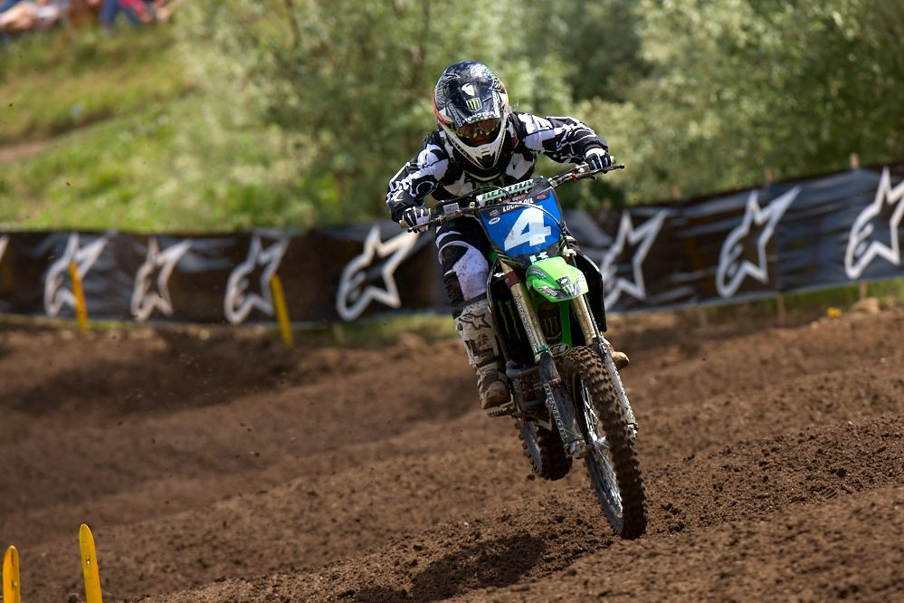 From Pro MXer to Pro side by side racer Sara knows how to go fast!
