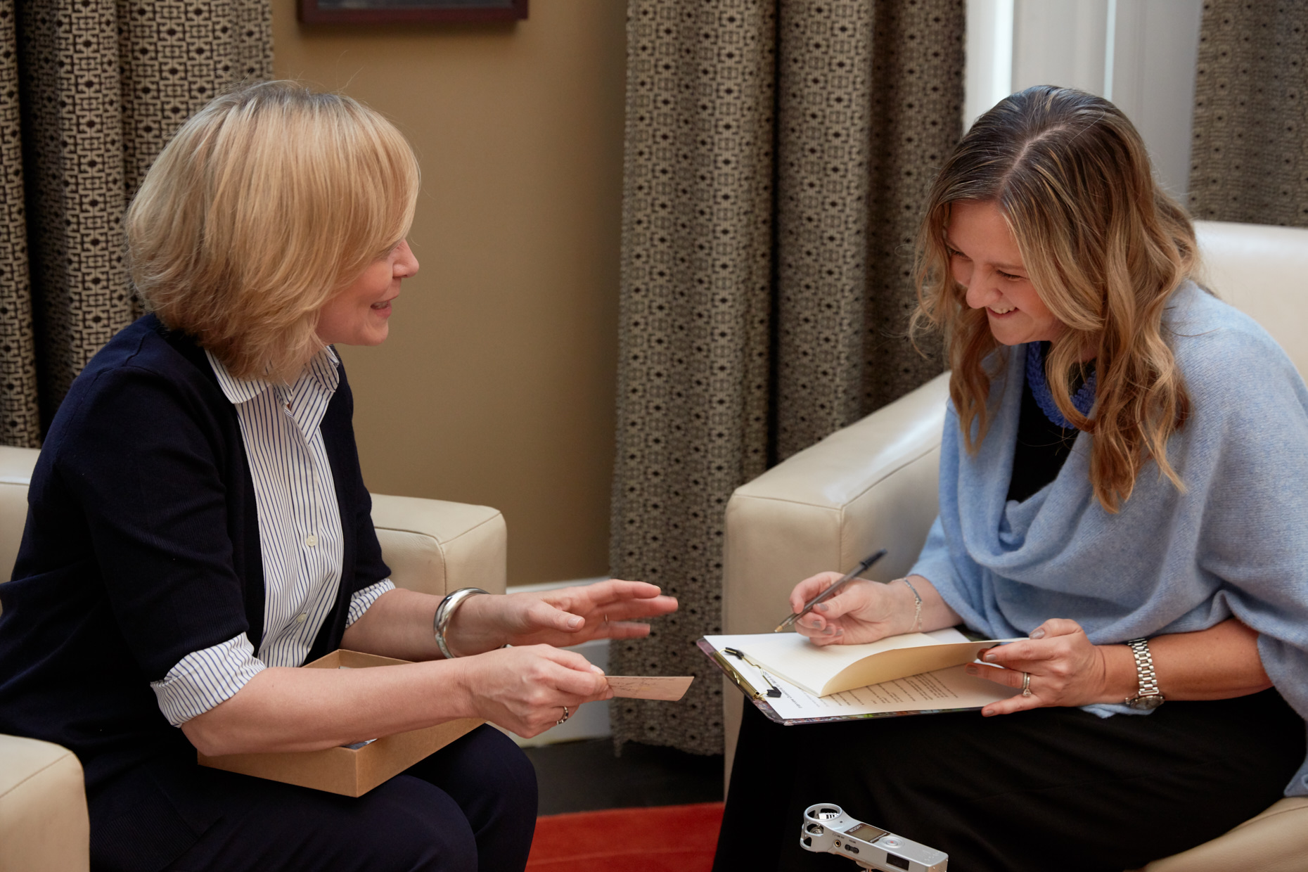 Dawn Roode is a personal biographer who conducts interviews in person to capture your stories for a life story book.