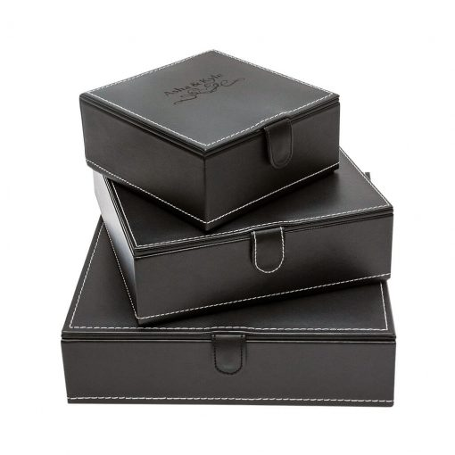 Memory Box - These beautiful black faux leather keepsake boxes are perfect for those that want something beautiful to touch and hold but don't want an album. These beautiful boxes hold up to 15 matted prints of your favorite images.