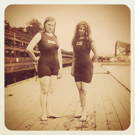 Australia's first women Olympians, 1912. Fanny Durack and Mina Wylie. #butchhistory