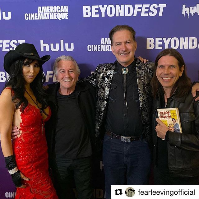 My favorite new band ! @beyondfest 2019 with @fearleevingofficial @joebobbriggsofficial @dianaprincexo #JoeBobSaysCheckItOut #MisterBoddy #Clue #Drive-In #Shudder #darcythemailgirl #LuckyKidFromBaltimore